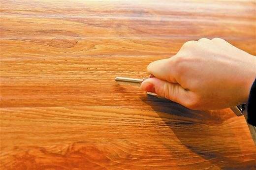 板材十大品牌智阁板材提醒您:板材家具选购需要避开的雷区